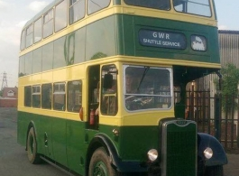 Green and Cream Bus for weddings in Redditch